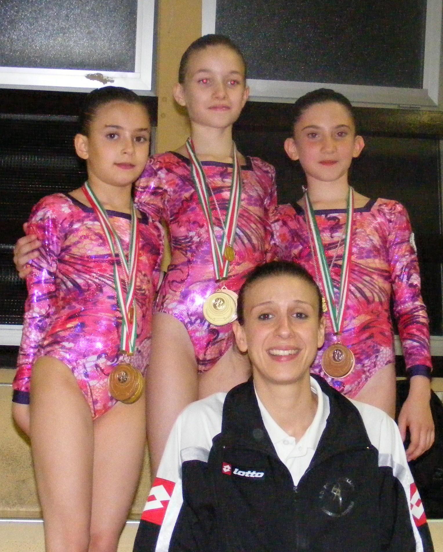 Silvia di Noia, Eleonora Fanciullacci e Alessia Geremia con Giulia Bartarelli