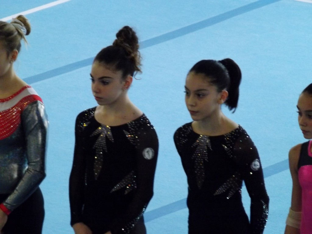 Montevarchi, 15 novembre 2015 - Le ginnaste della Polisportiva Casellina Alice Fantini ed Alexandra Kalmykova.