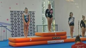 Matilde Capizzi sul secondo gradino del podio nazionale della categoria LE Junior1